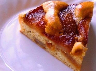 12-キャラメル梨のケーキ.jpg