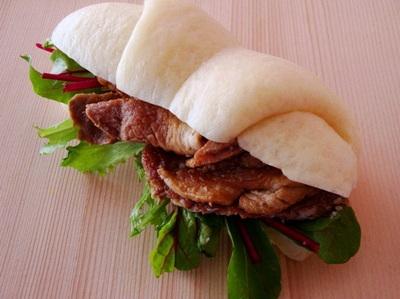 2-花巻豚サンド.jpg